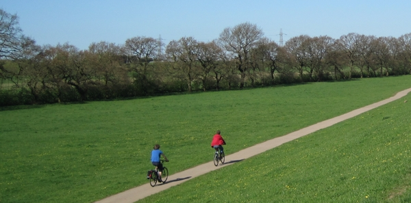 Cyclists at Rawcliffe Meadows